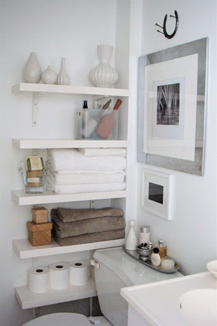practical-bathroom-storage-ideas-41
