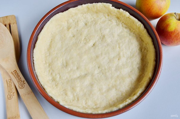 Воздушный творожный пирог с яблоками