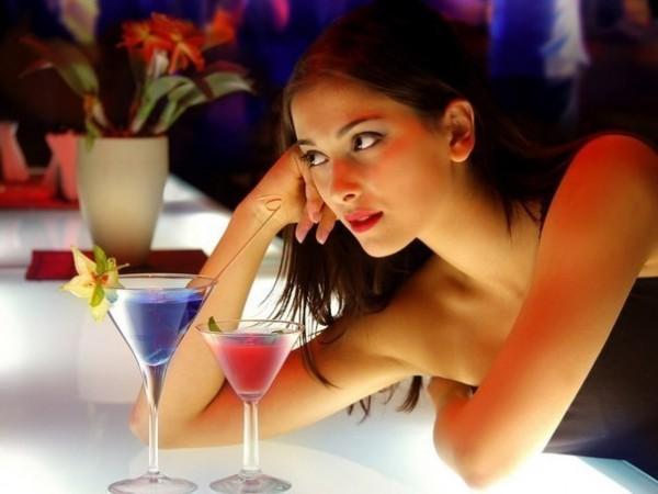 Связь очевидна! Определи характер женщины по ее любимому спиртному напитку