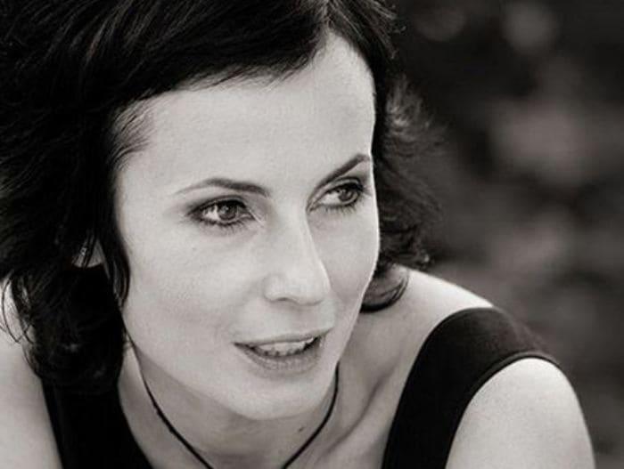 Актриса, телеведущая, режиссер, театральный деятель Ирина Апексимова | Фото: uznayvse.ru