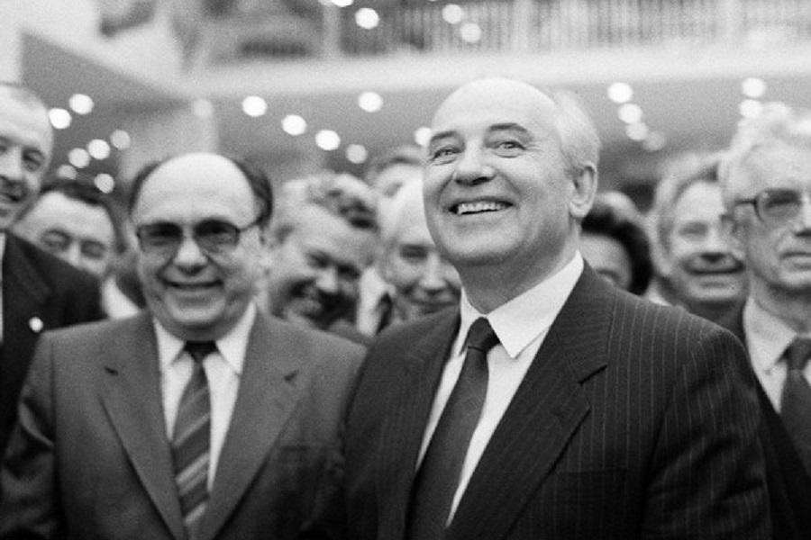 А.Яковлев об использовании партии в механизме разрушения СССР