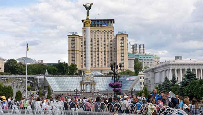 Нюра Н. Берг. Киев виляет Западом: секрет успеха