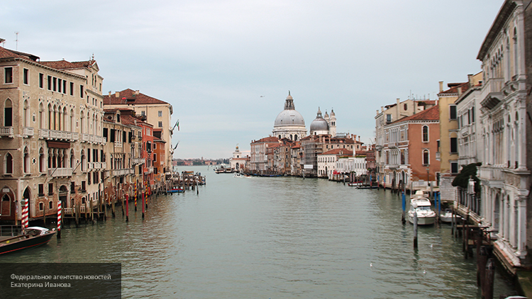 Власти Венеции хотят ограничить число туристов