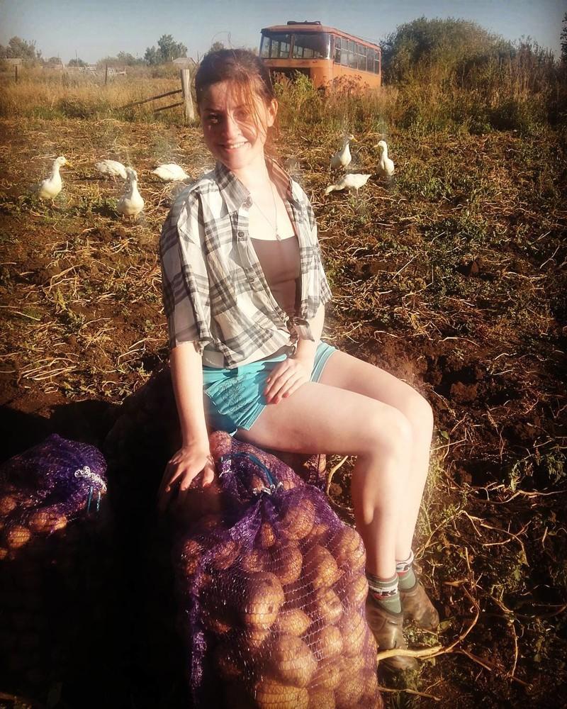 Смотреть фото деревенская девушка
