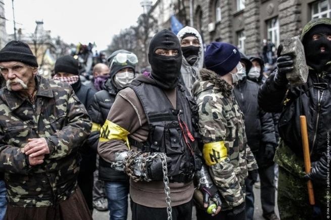 Срочно: Украина направила на Минский Майдан бригады боевиков-нацистов