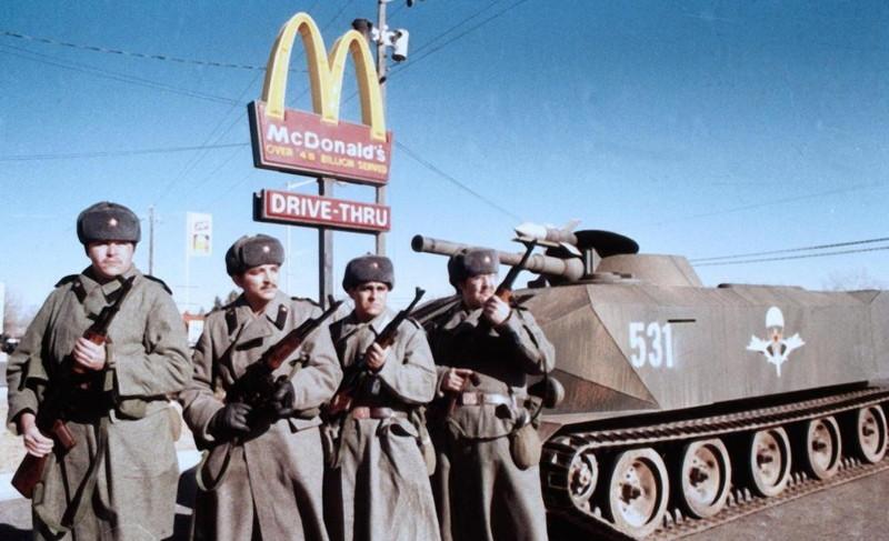 Тревожные сходства между современной Америкой и СССР   80-тых : откровения американца , редактора портала cracked.com