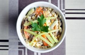 Салат с печенью, морковью и яйцами – пошаговый фоторецепт