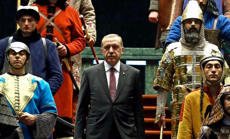 57% граждан Турции согласились сделать Эрдогана «султаном»