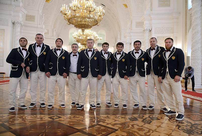Room service или олимпийцы сборной России??