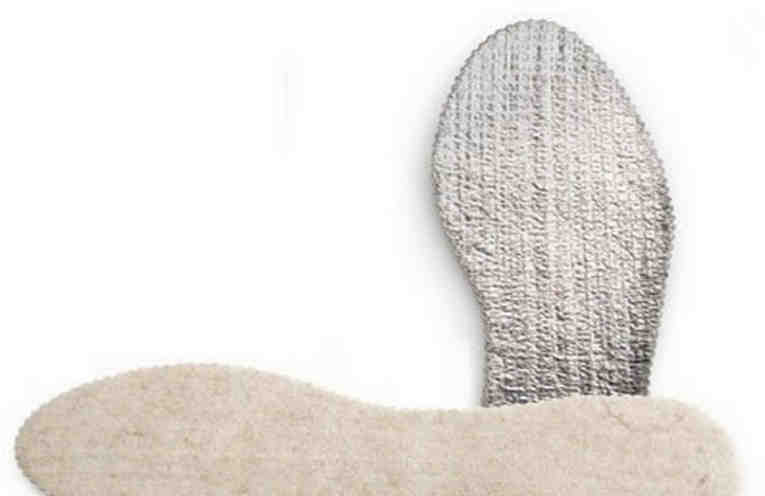 Как сделать самые теплые стельки для обуви из пакета от сока