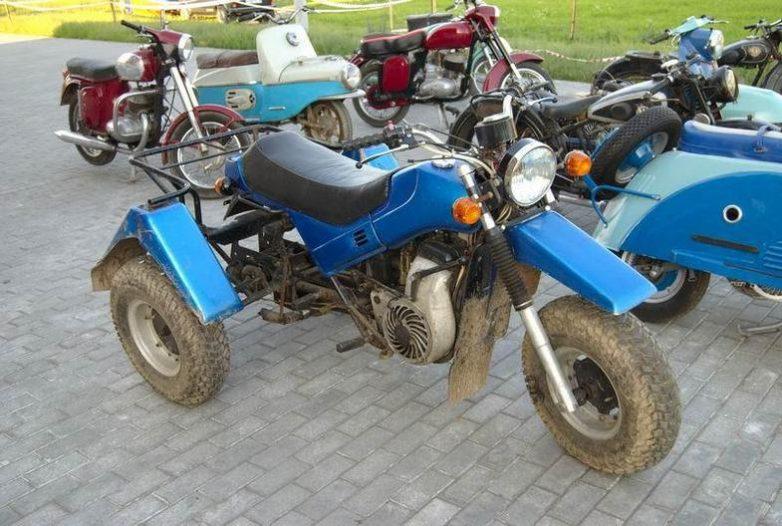 Муравей из мотоцикла урал