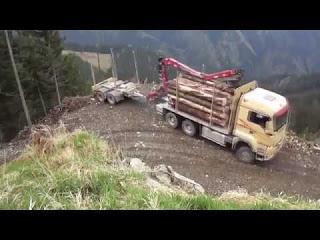 Эти парни умеют ездить! Водители грузовика от Бога