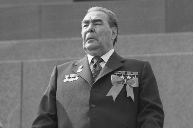 «Победа» для Брежнева. Самый вопиющий случай подхалимажа эпохи застоя