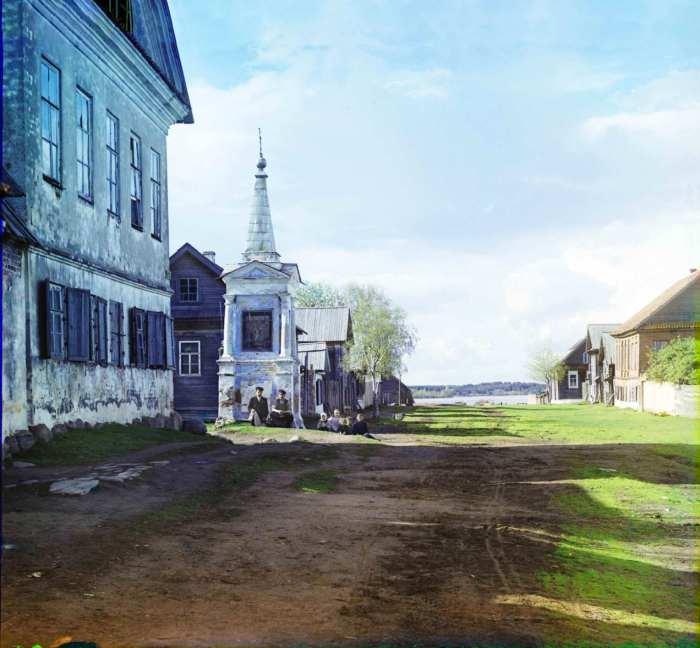 Старинная часовня на улице Осташкова.