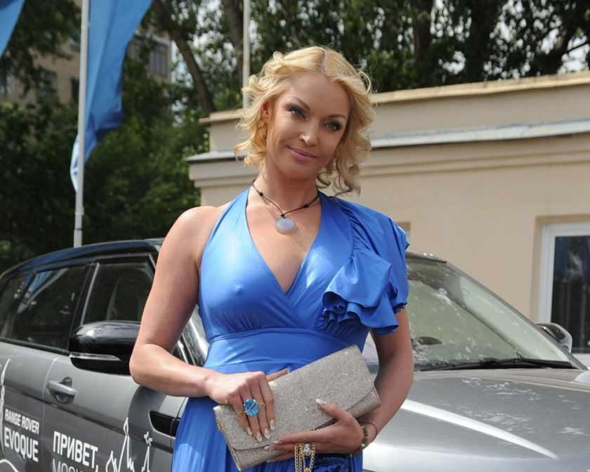 «И тут Остапа понесло»: Анастасия Волочкова показала фото дочери с любовником