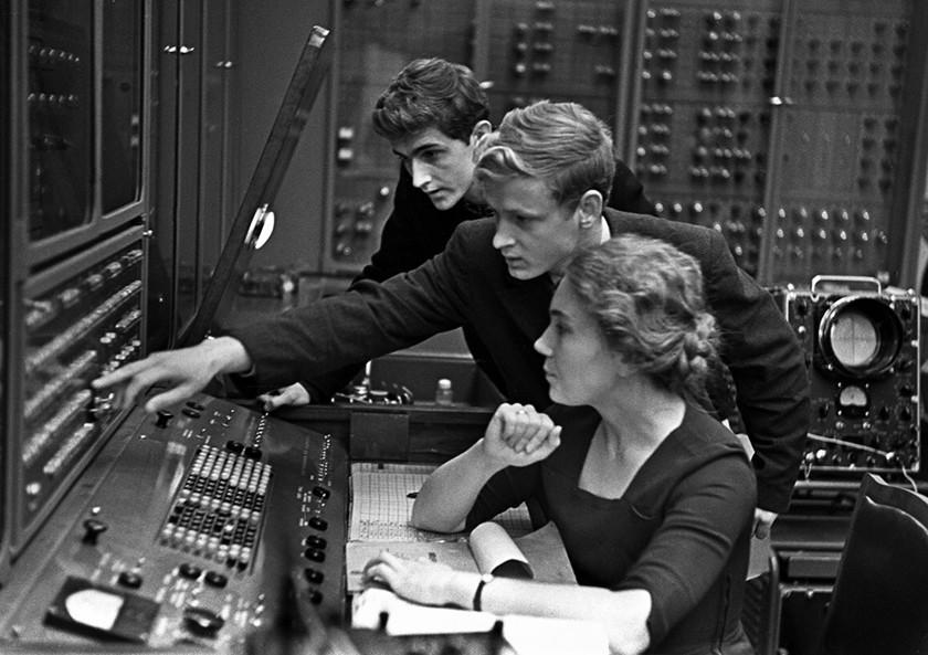 Компьютер и другие технологии, которые принесла нам война