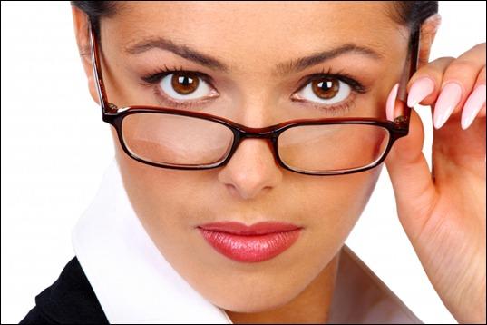 Секреты красоты. «Очкастый» макияж