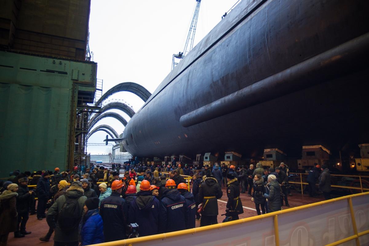 Вывод из эллинга атомного подводного ракетного крейсера «Князь Владимир»