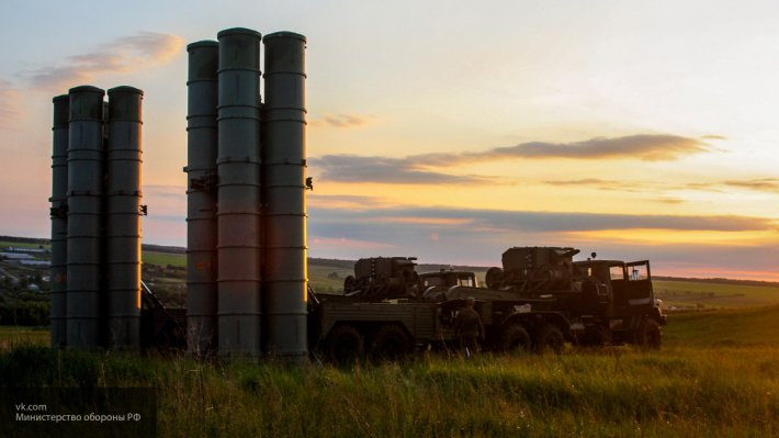 Чешский журналист был впечатлен характеристиками российских ЗРК С-300