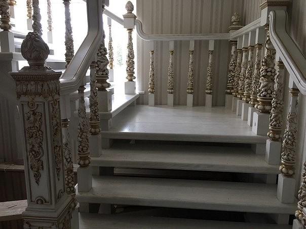 Сделали вот такую лестницу. …