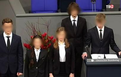СМИ и соцсети затравили российского школьника за речь в Бундестаге