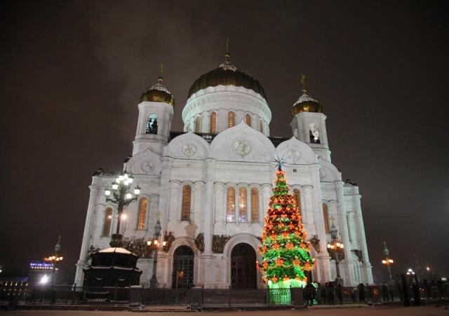 ИСТОРИЯ ПРАЗДНОВАНИЯ НОВОГО ГОДА В РОССИИ