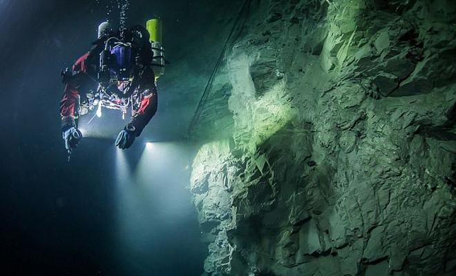 Что скрывает самая глубоководная пещера России