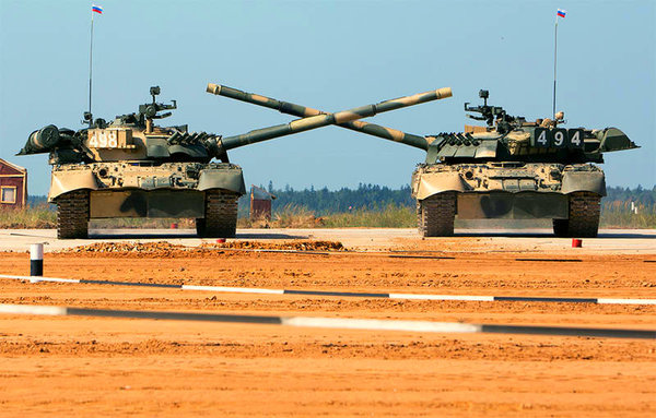 Только в России помимо танкового биатлона, может быть еще и танковый балет