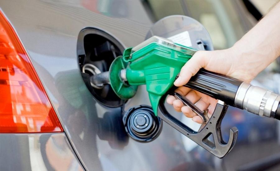 Каждую восьмую АЗС в РФ уличили вторговле контрафактным топливом