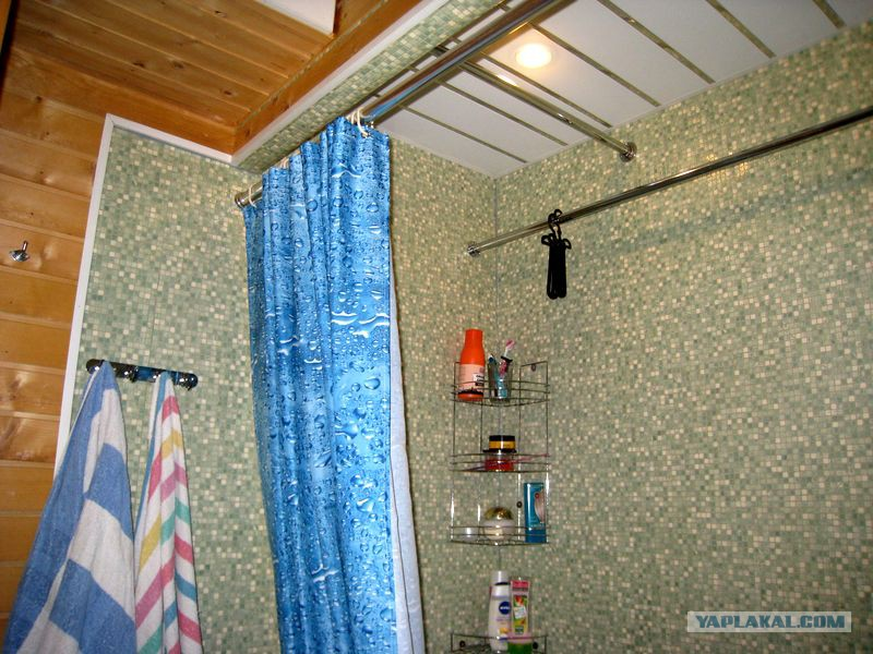 Отделка стен ванной в щитовом доме линолеумом - быстро, надежно, и недорого!