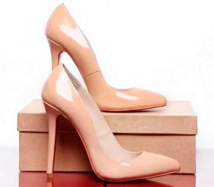 Классические туфли.