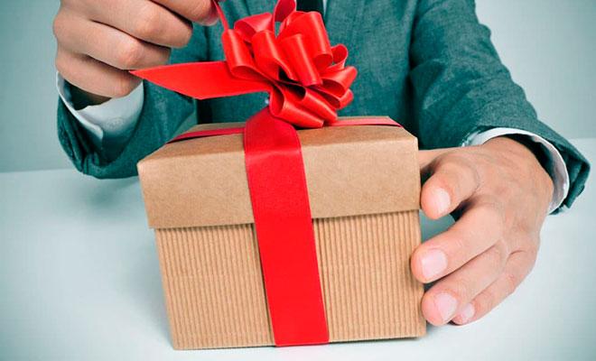 12 лучших мужских подарков