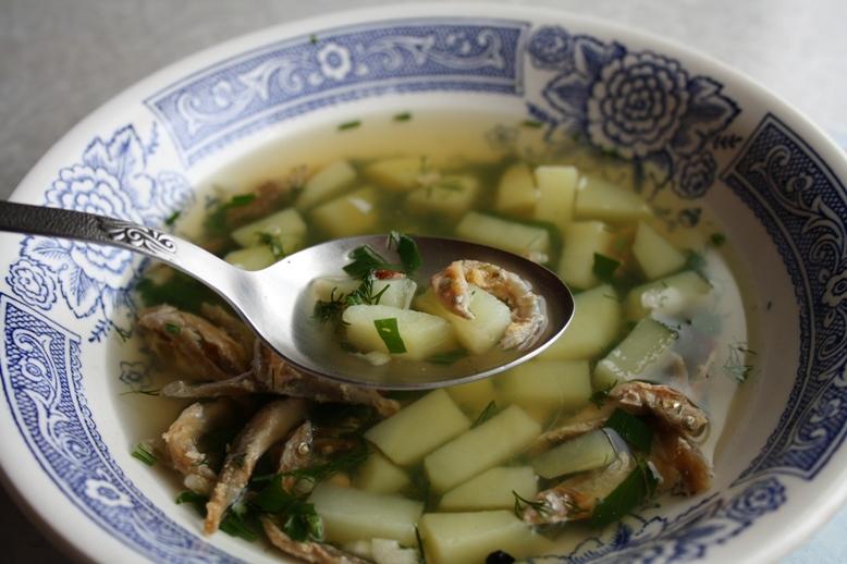 Как сделать суп из сушеной рыбы