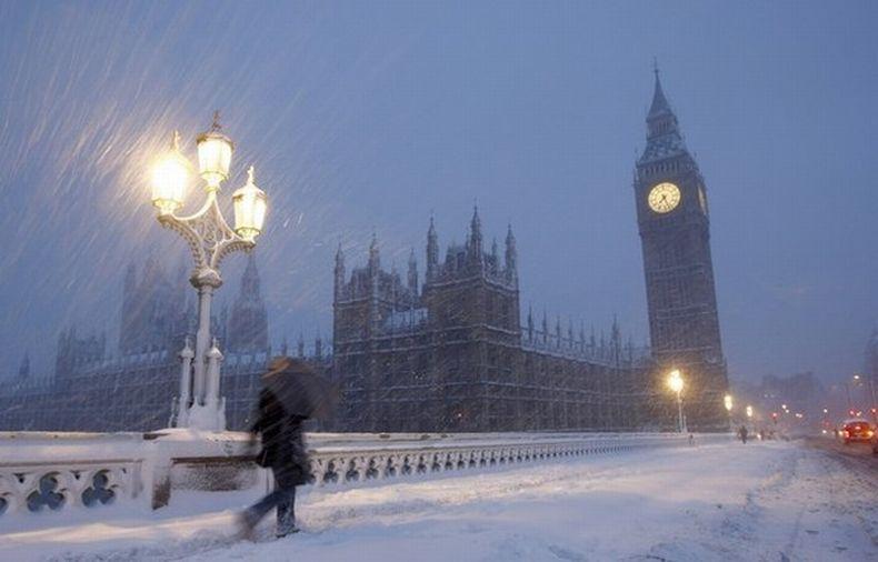 В Великобритании началась паника из-за снегопада
