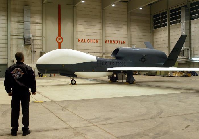 Американский беспилотник совершил беспрецедентный разведывательный полет у границ РФ