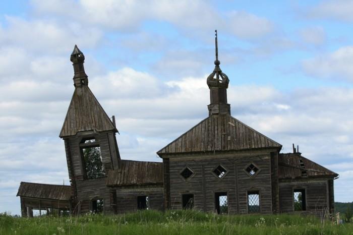 Деревня Ильинский остров (Моша). Храм пророка Илии (XIX в.) до восстановительных работ
