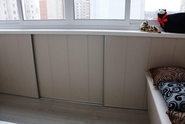 Стильный и функциональный балкон.