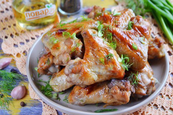 Куриные крылышки в медово-чесночном маринаде