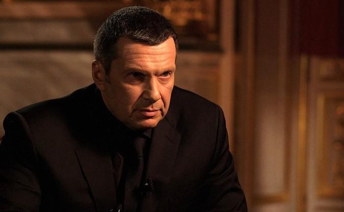 Соловьев ответил россиянам, требующим уволить его за «два процента дерьма»