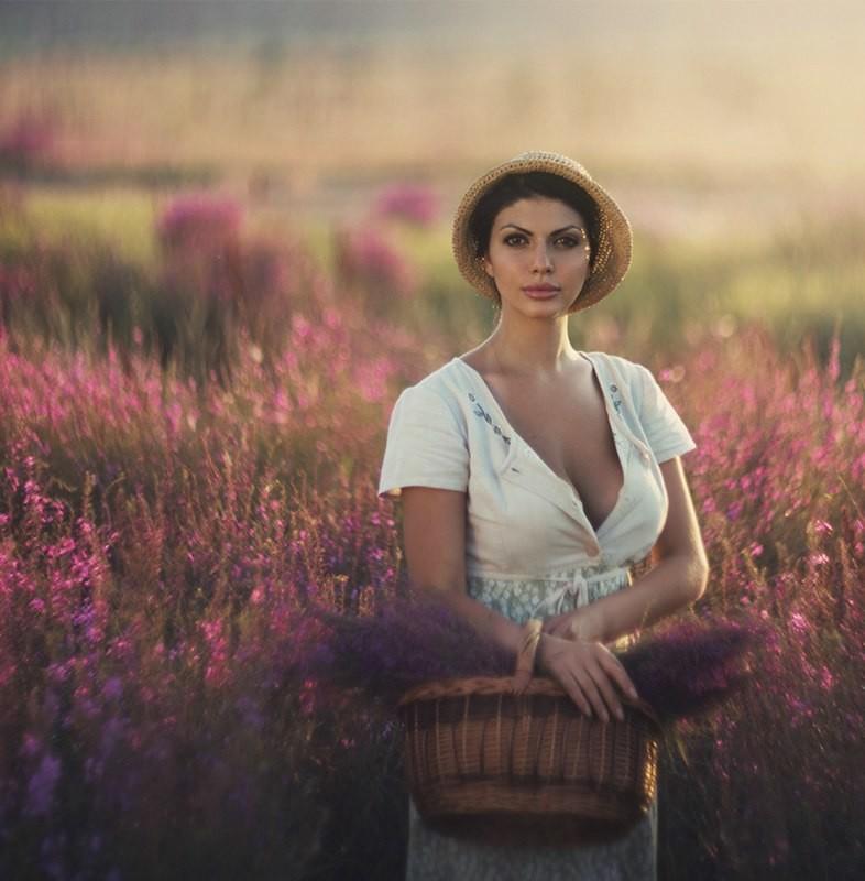 Женская красота и очарование в портретах Давида Дубницкого (27 фото)
