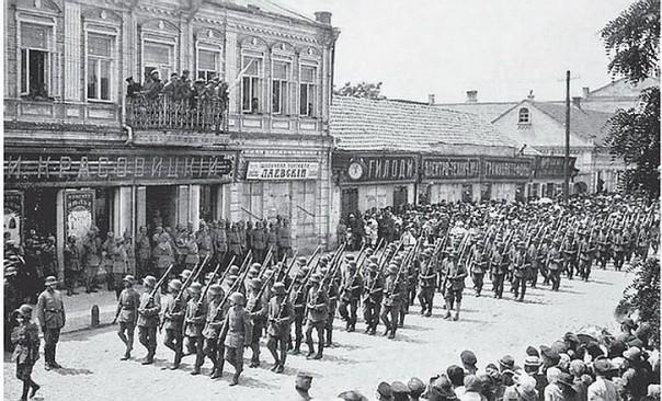 Парад НАТО в Киеве: История повторяется, марионетки так же радовались немцам в 1918