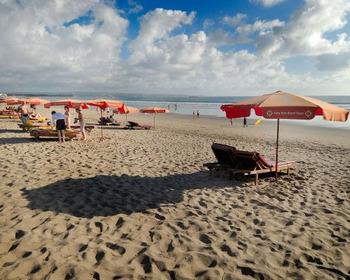 На центральном пляже Сочи нашли тело молодого туриста