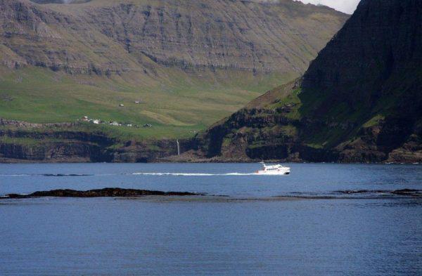Живописная деревня Гасадалур - самое красивое место Фарерского архипелага