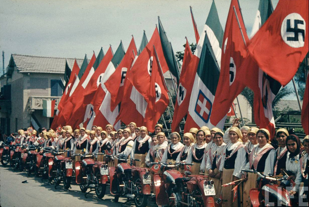 Гитлер в Италии май 1938 года.