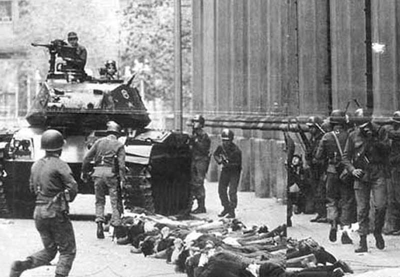Чем угрожает революционная ситуация на Украине