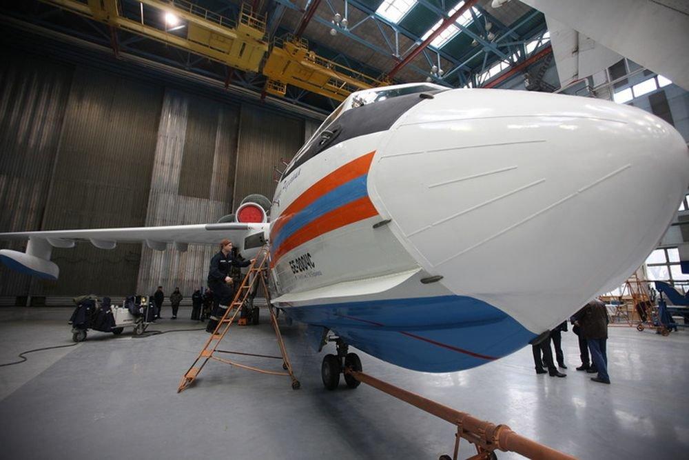 Морскую авиацию в 2018 году вооружат самолетом-амфибией Бе-200