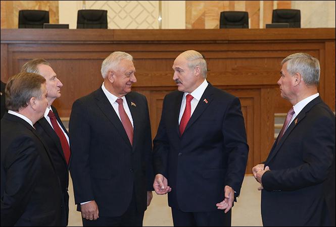 Лукашенко обманывает сам себя