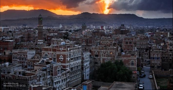 Йеменцы точным ракетным ударом потопили королевский фрегат саудитов