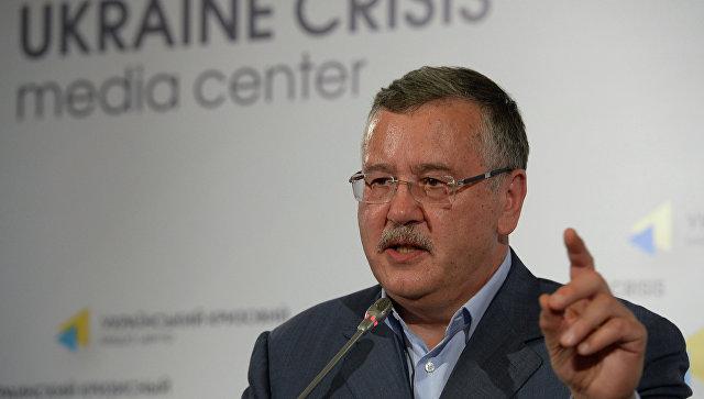 Бывший министр обороны Украины призвал устроить теракты в России