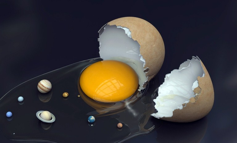 Юпитер вращается не вокруг Солнца